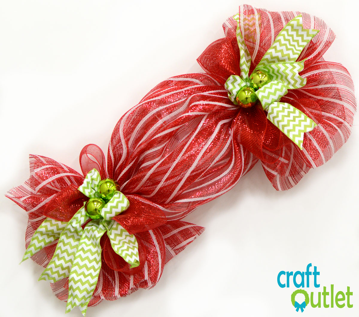 video on how to make a deco mesh candy cane