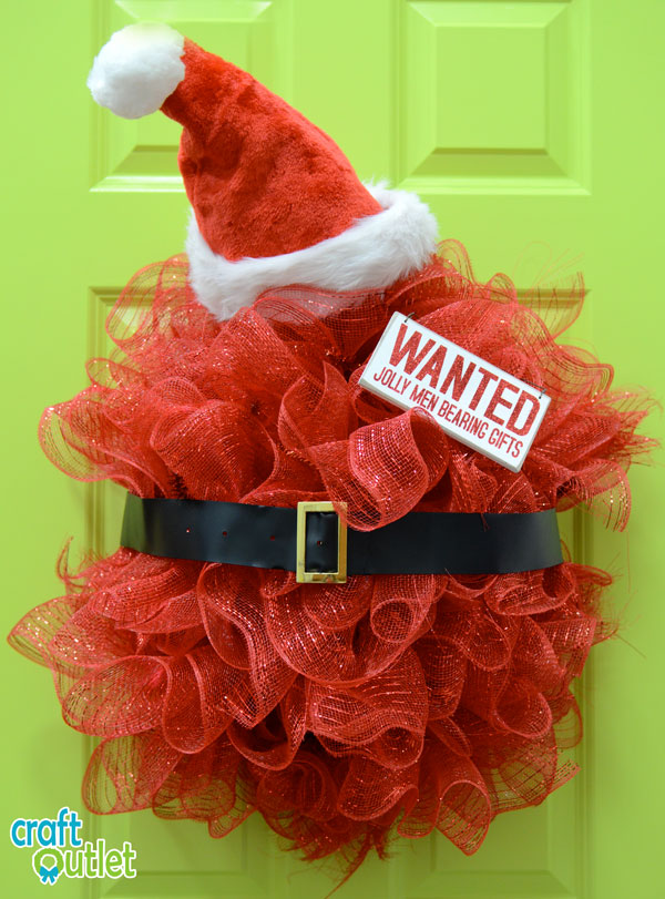 Completed Santa Belly Wreath with Sign