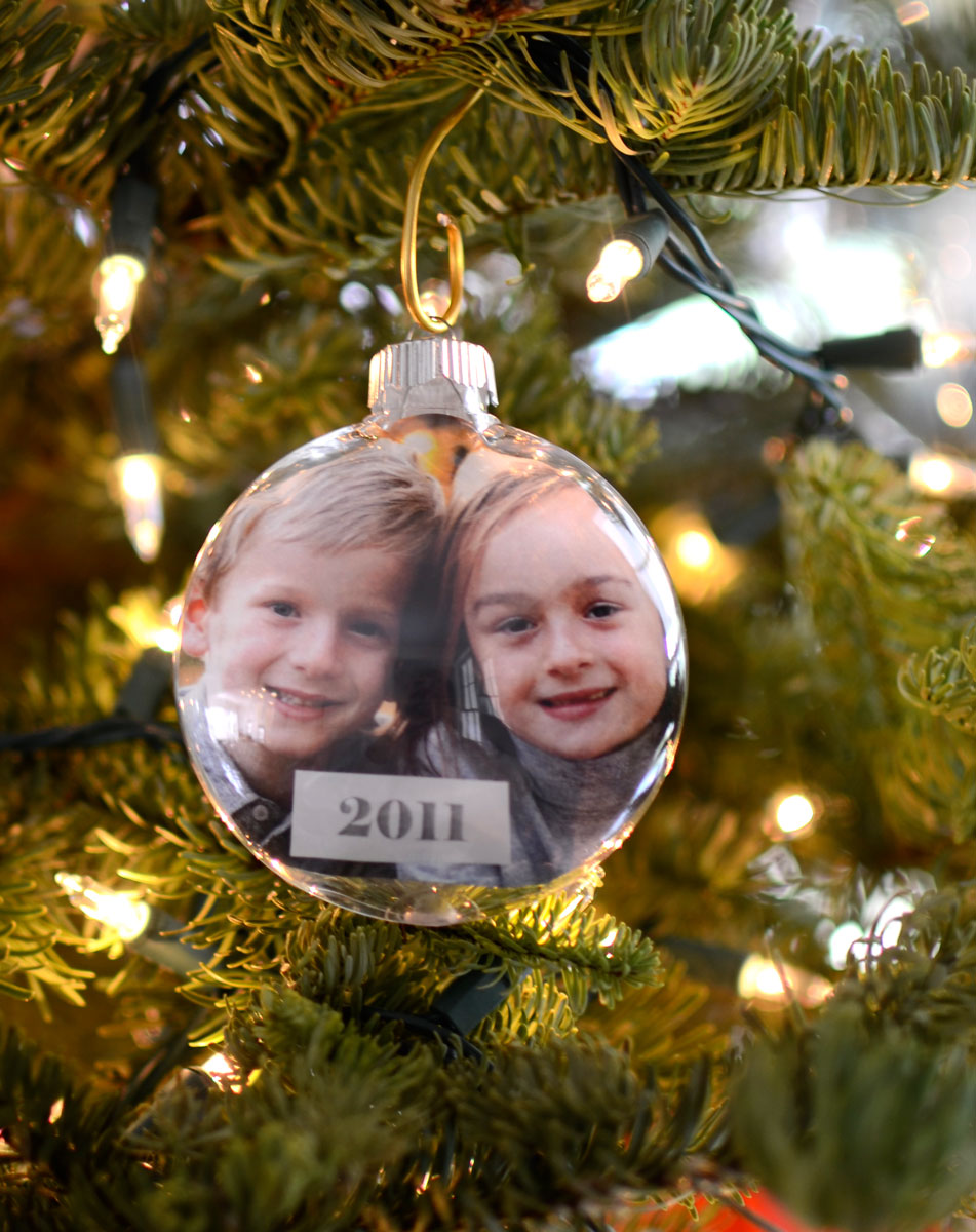 10 Crafty Ideas for Clear Ornaments – Craft Outlet ...