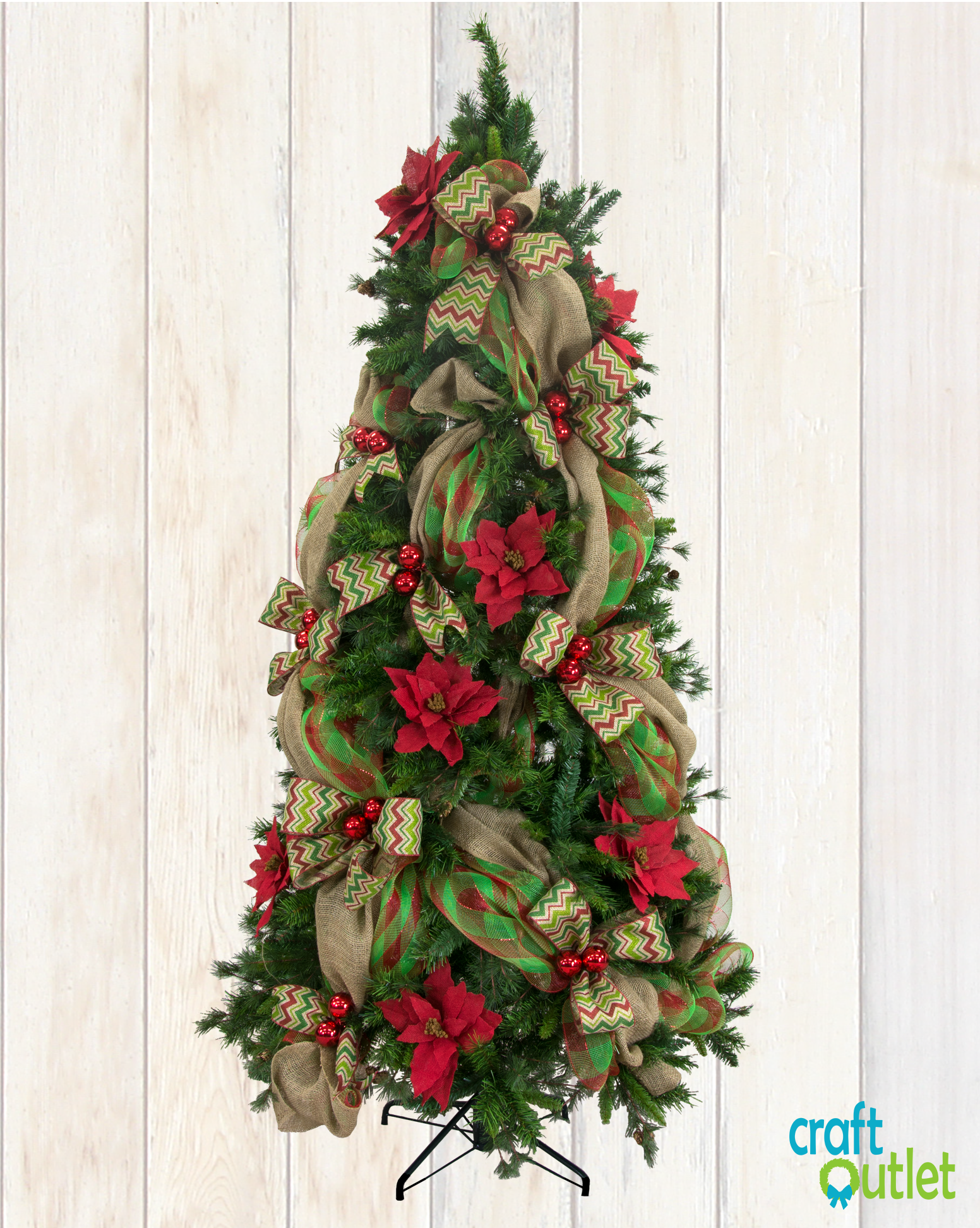 Christmas Tree Decorating with Burlap and Deco Mesh ...