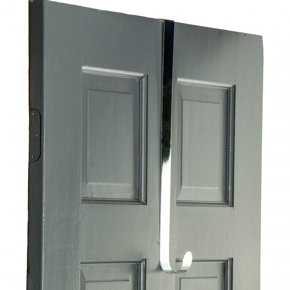 18 Quot Metal Over The Door Wreath Hanger Silver Mz211426