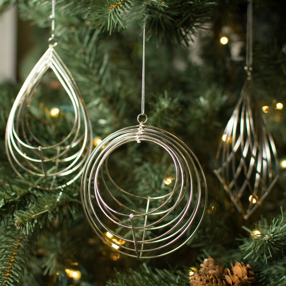 Wire Basket Ornament: Silver (Set of 3) [XY820426] - CraftOutlet.com