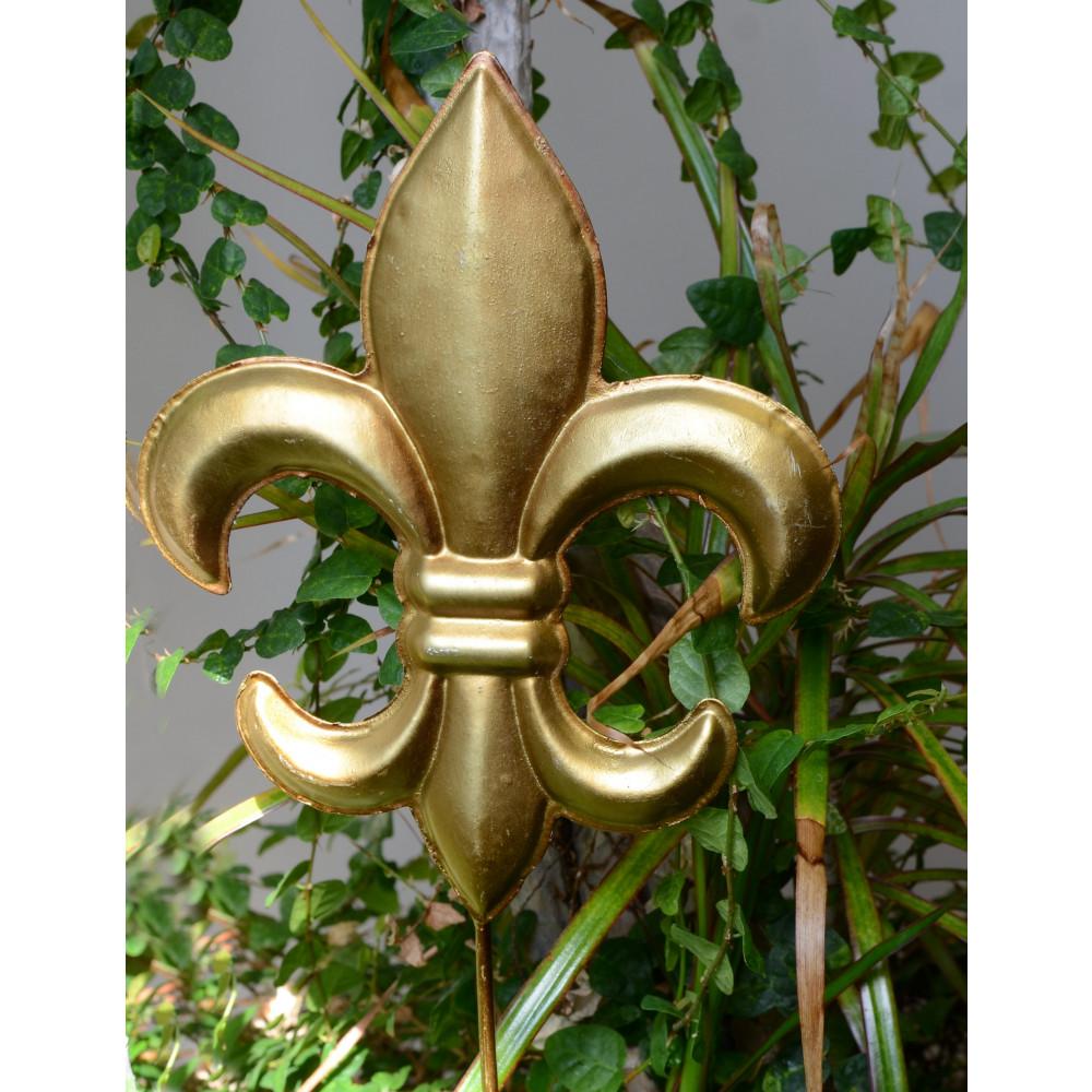 metal gold 8 fleur de lis pick kq510760. Black Bedroom Furniture Sets. Home Design Ideas