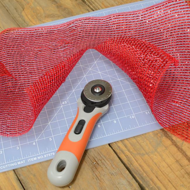 how to clean fiskars cutting mat